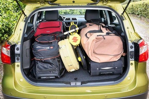 Вместительный багажник Suzuki New SX4