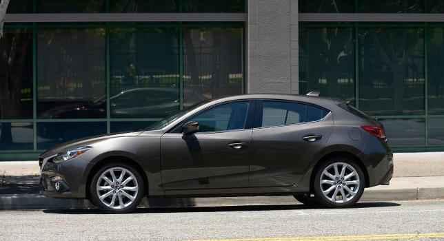 Новая Mazda 3 в кузове хэтчбек
