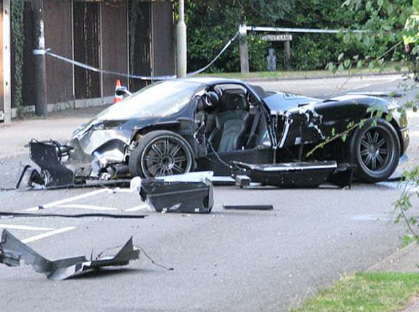 Авария с участием Pagani Zonda S