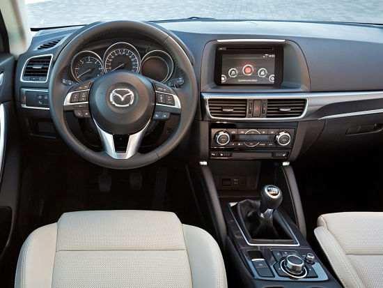 Интерьер автомобиля Mazda CX-5