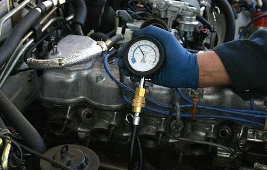 компрессия в двигателе.