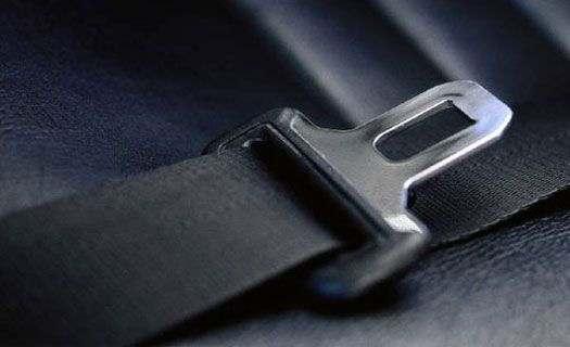 ремень безопасности в машине