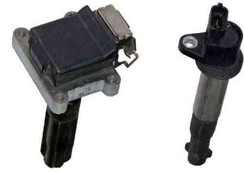В зависимости от устройства сердечника, индивидуальные катушки зажигания делятся на два типа – компактные, и стержневые Компактная (слева) и стержневая (справа) индивидуальные катушки зажигания, устанавливаемые непосредственно над свечами зажигания.