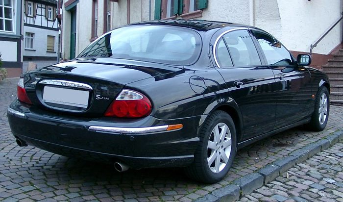 Jaguar S-type 2002 - 2004