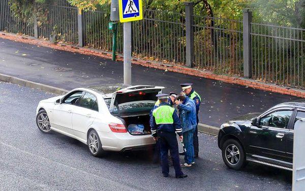 обыск машины