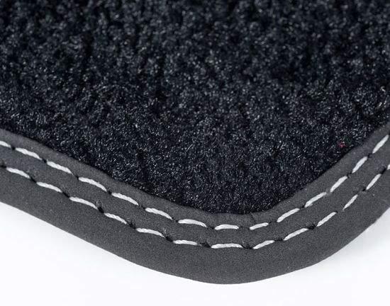 Как выглядит качественная прошивка в  автомобильных ковриках
