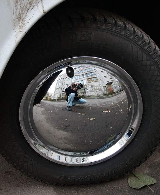 Металлический автомобильный колпак закрытого типа