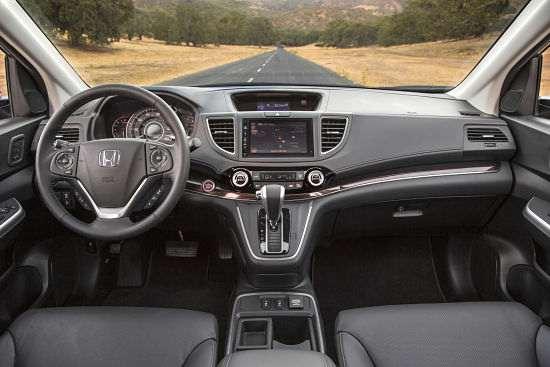 Внутренний интерьер Honda CRV