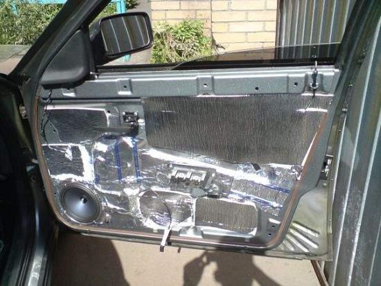 шумоизоляция автомобильной двери