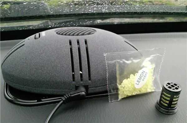 гранулированный освежитель воздуха в салоне авто