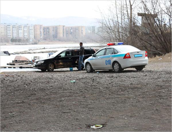 инспектор оштрафовал за мойку у реки