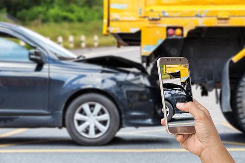 фото при столкновение машин