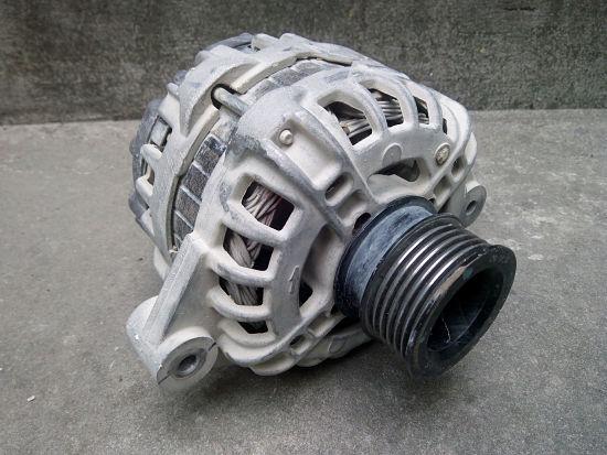 автомобильный генератор Бош
